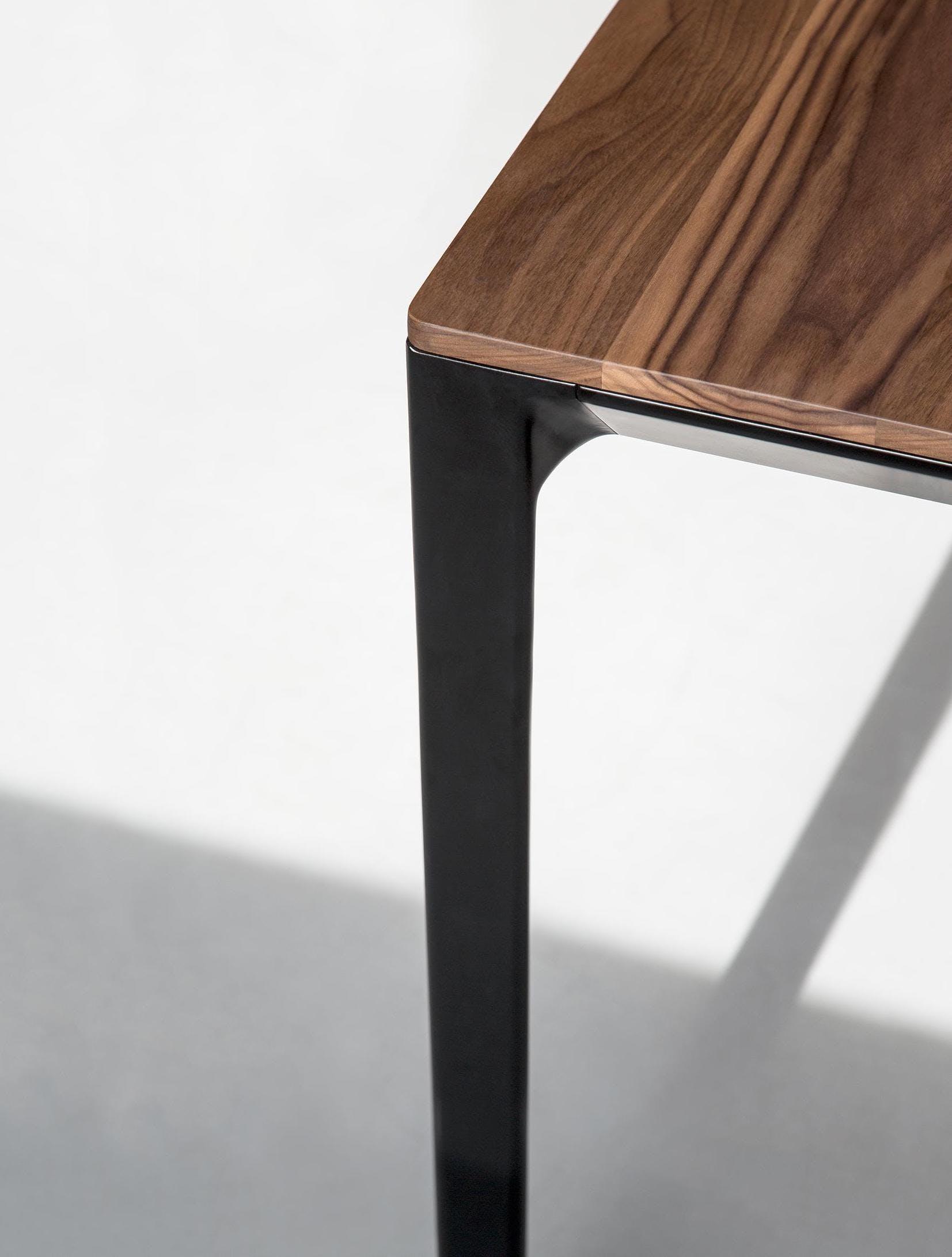 Bensen Able Walnut Dining Table Corner