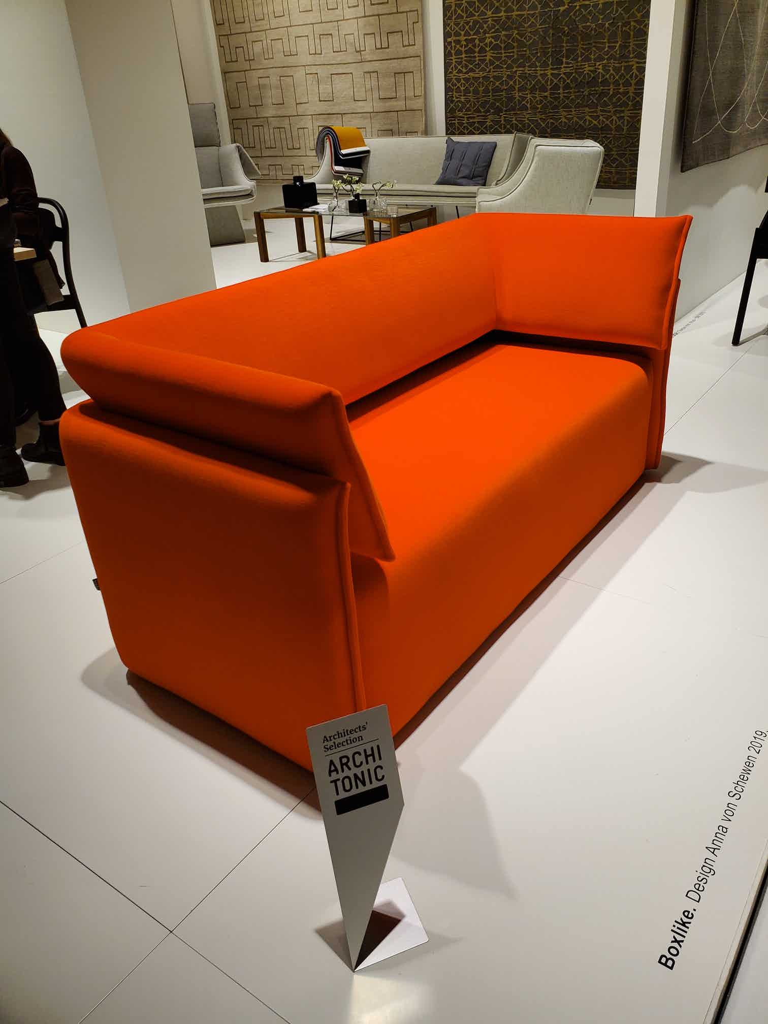 Boxlike-Sofa-by-Articles