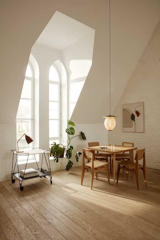 Grashoppa Table Lamp Mategot Trolley C Chair Dining Chair B Table Satellite Pendant On 01 medium