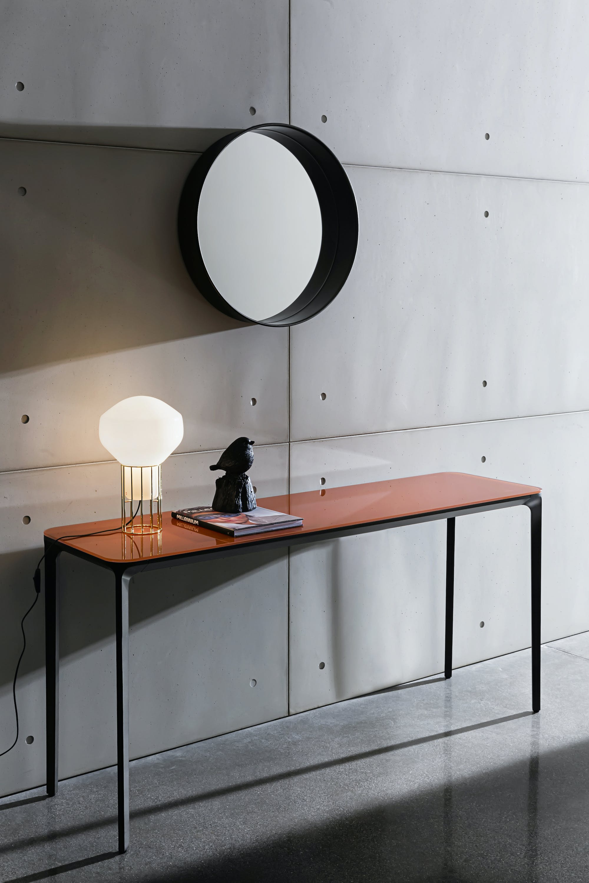 Sovet Slim Console With Four Legs And Orange Glass Top2