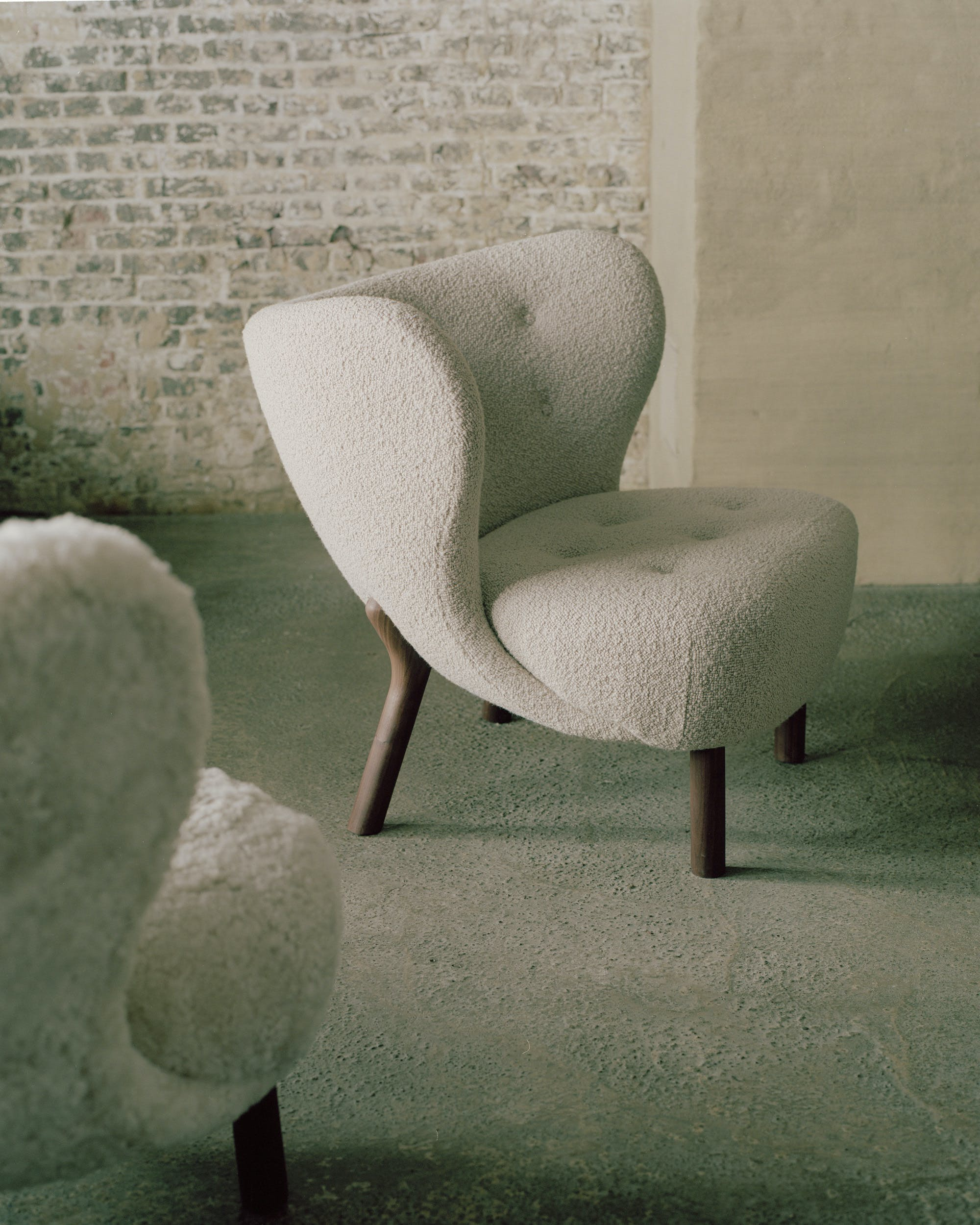 Andtradition Little Petra Chair Pair In Situ
