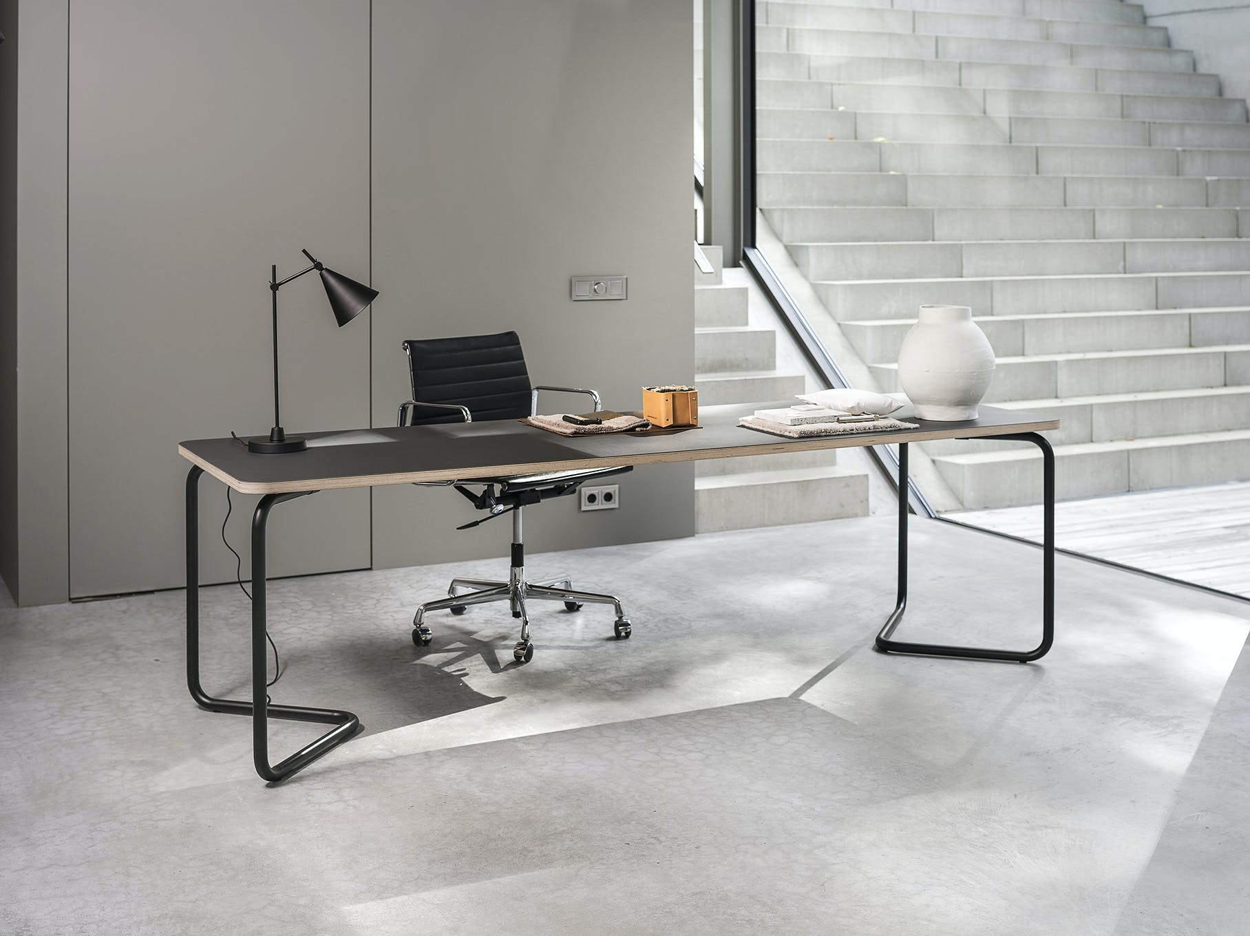 Functionals Black Charcoal Insitu Kumpel Table Haute Living