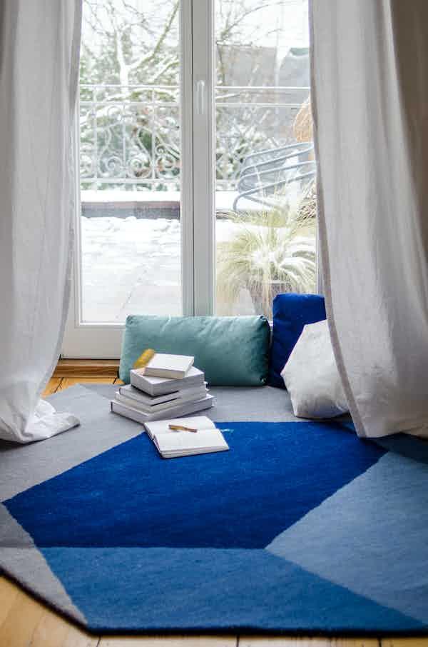 Puik design iso rug hexagon blue insitu haute living