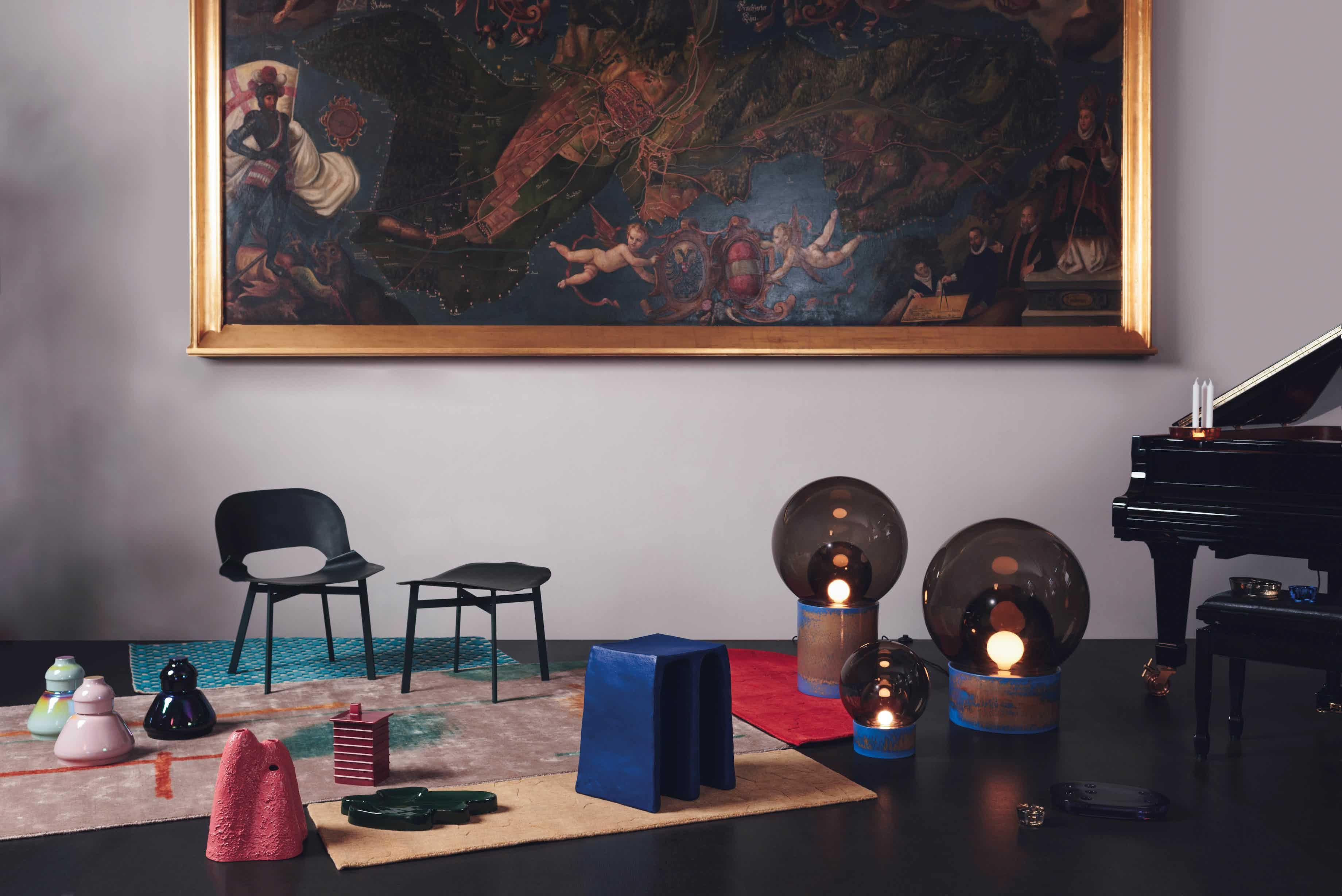 Pulpo chouchou stool painting haute living