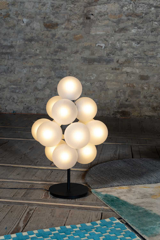 Pulpo stellar grape lamp small insitu haute living