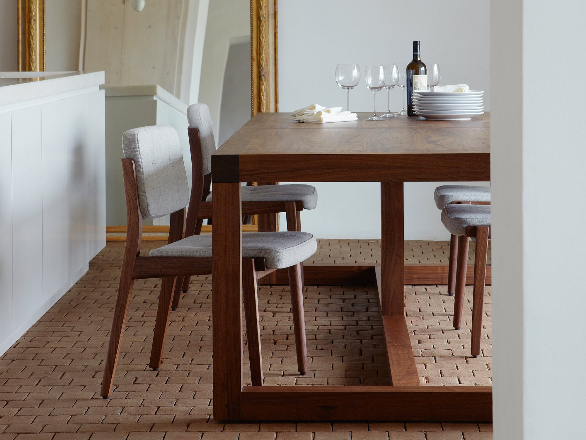 Structure Table by Neri & Hu