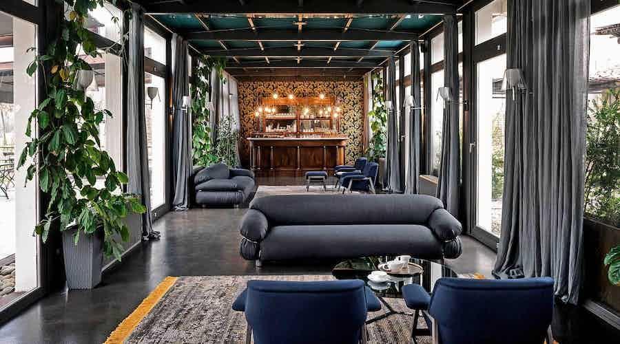 Tacchini furniture sesann sofa grey insitu haute living