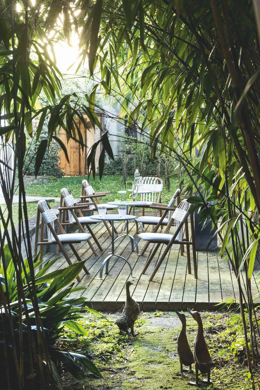 Very wood unam 01c dining chair insitu haute living