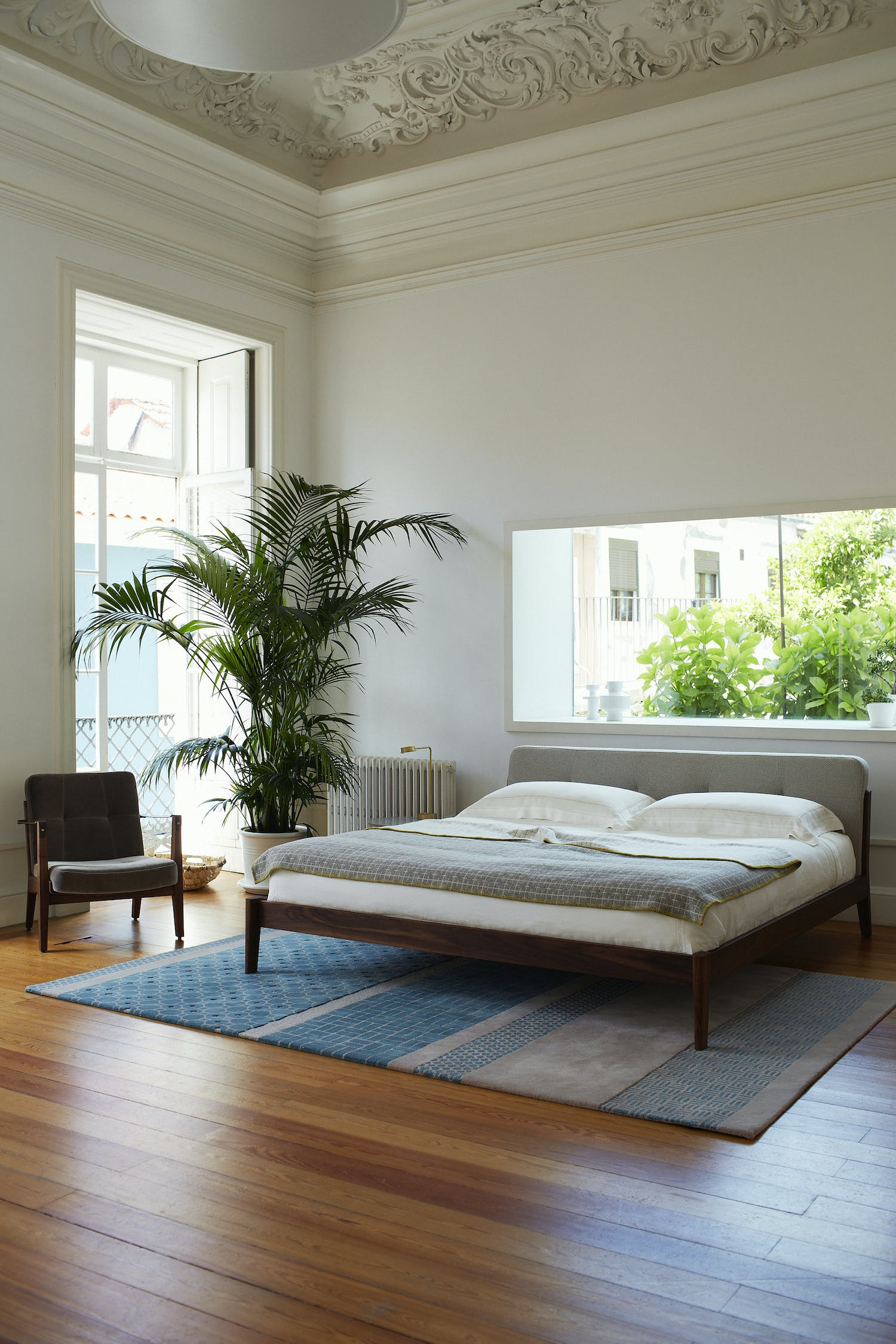 Capo Bed And Capo Lounge Armchair By Neri Hu Photo Yuki Sugiura Copy