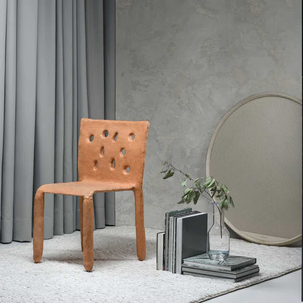 Faina design ztista stool insitu haute living