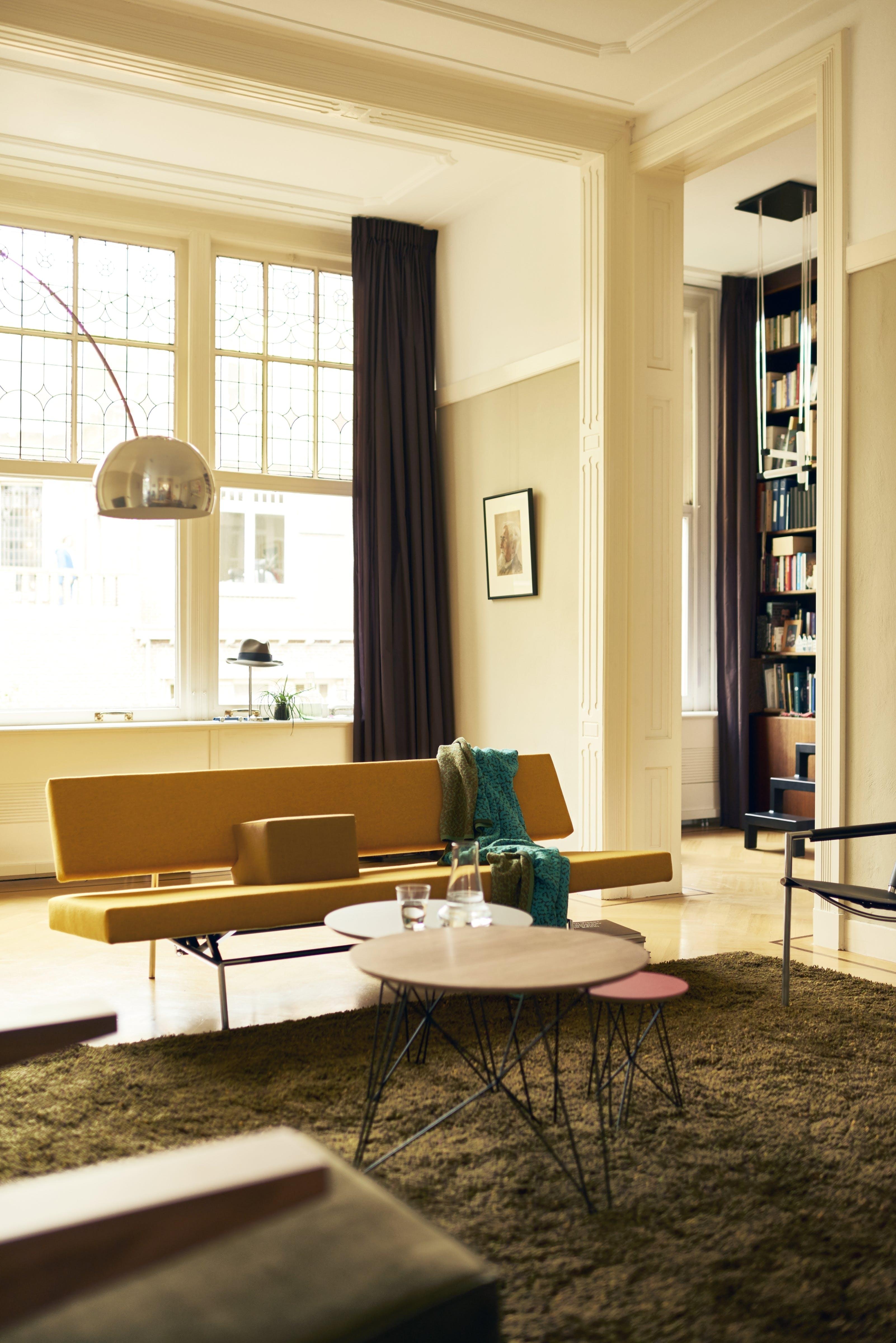 Spectrum Furniture Front Br 02 Sofabed Institu Haute Living