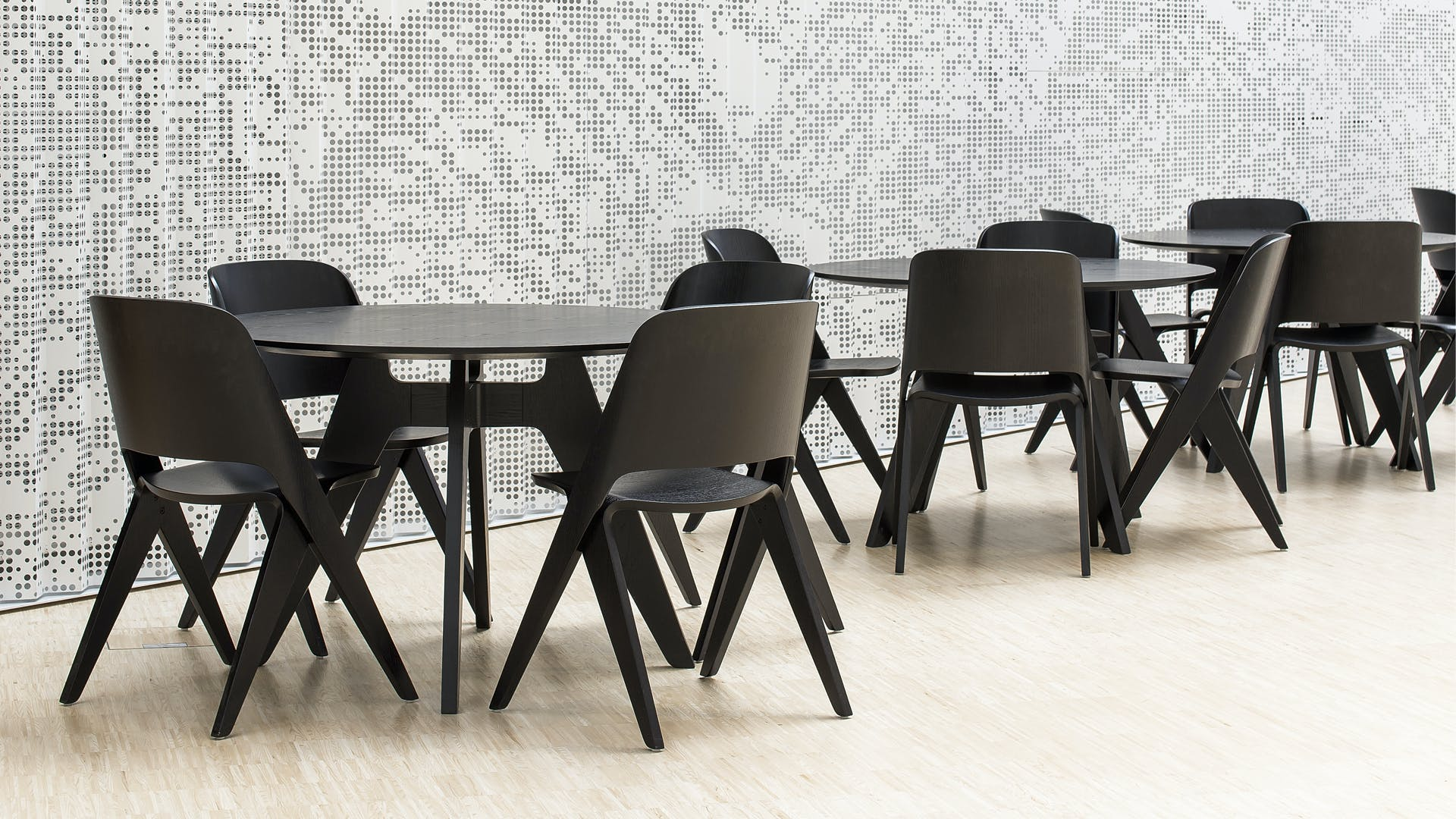 Lavitta Chairs And Tables