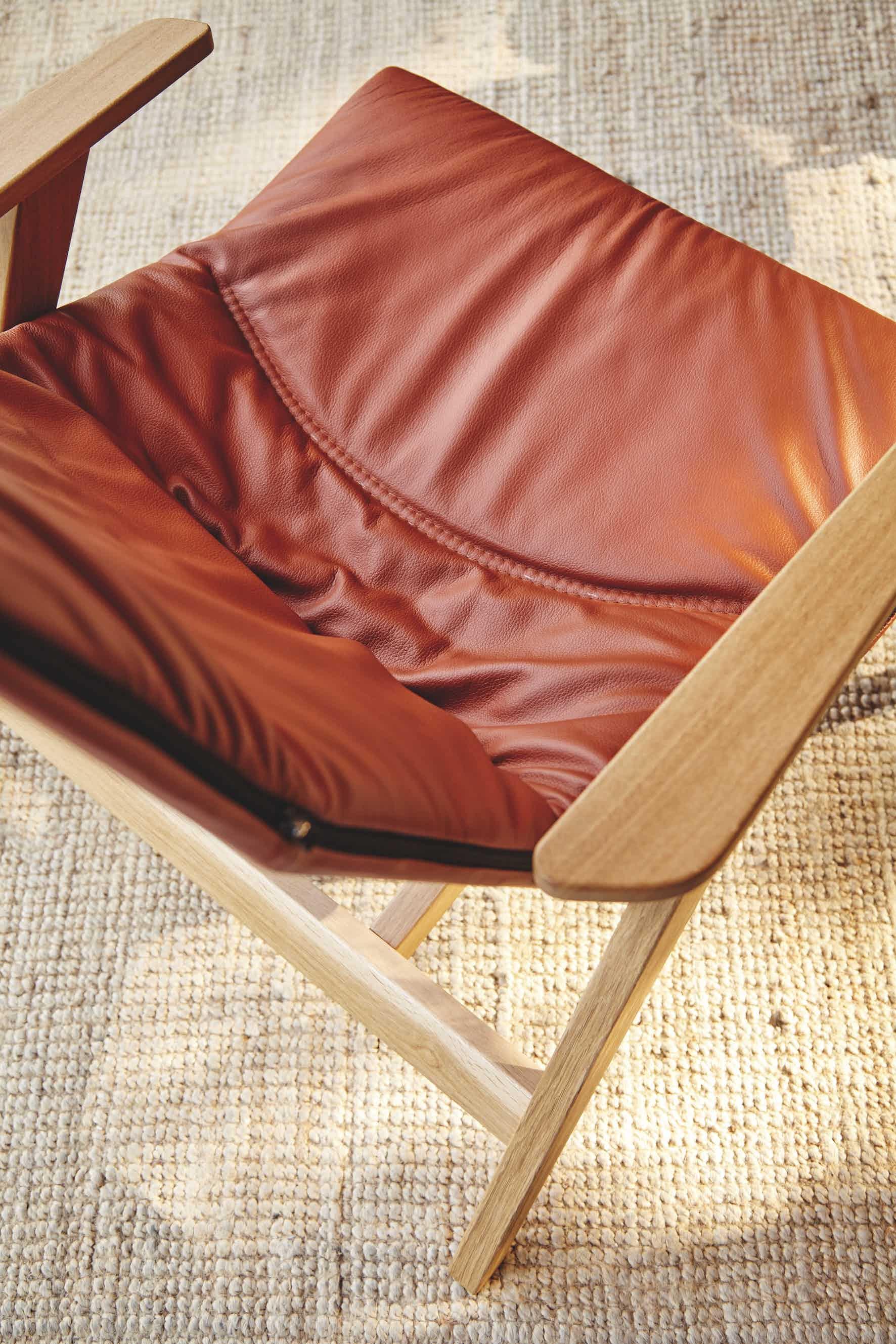 Viccarbe-top-detail-ace-armchair-institu-haute-living