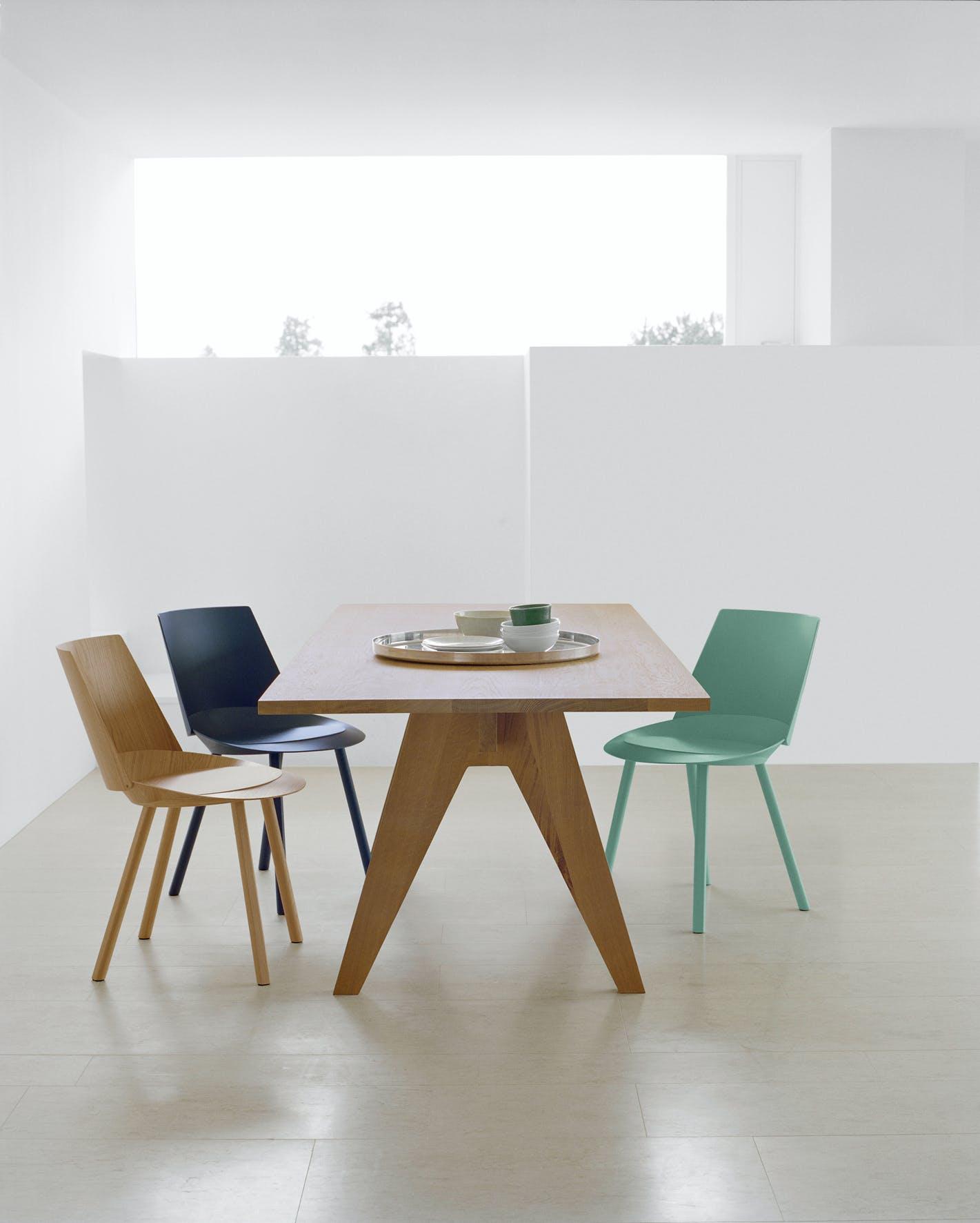 E15-furniture-alden-table-turquoise-chair-haute-living