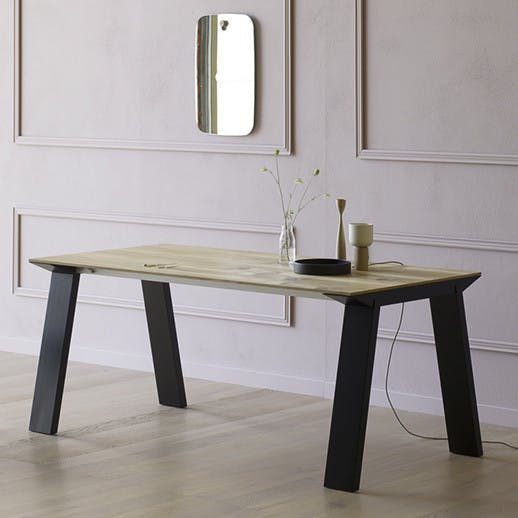 Miniforms Artu Table Black Angle Haute Living