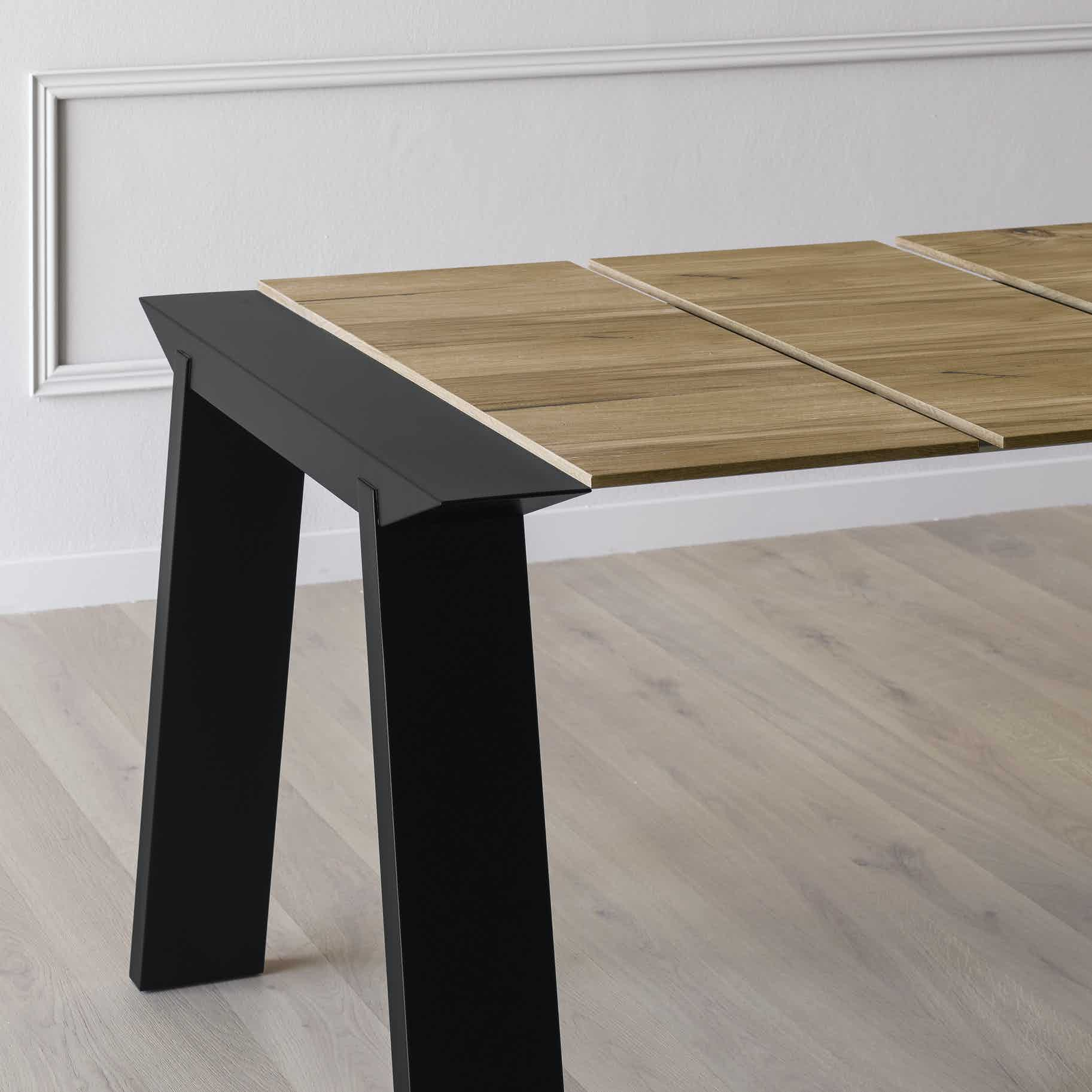 Miniforms Artu Table Black Extend Haute Living