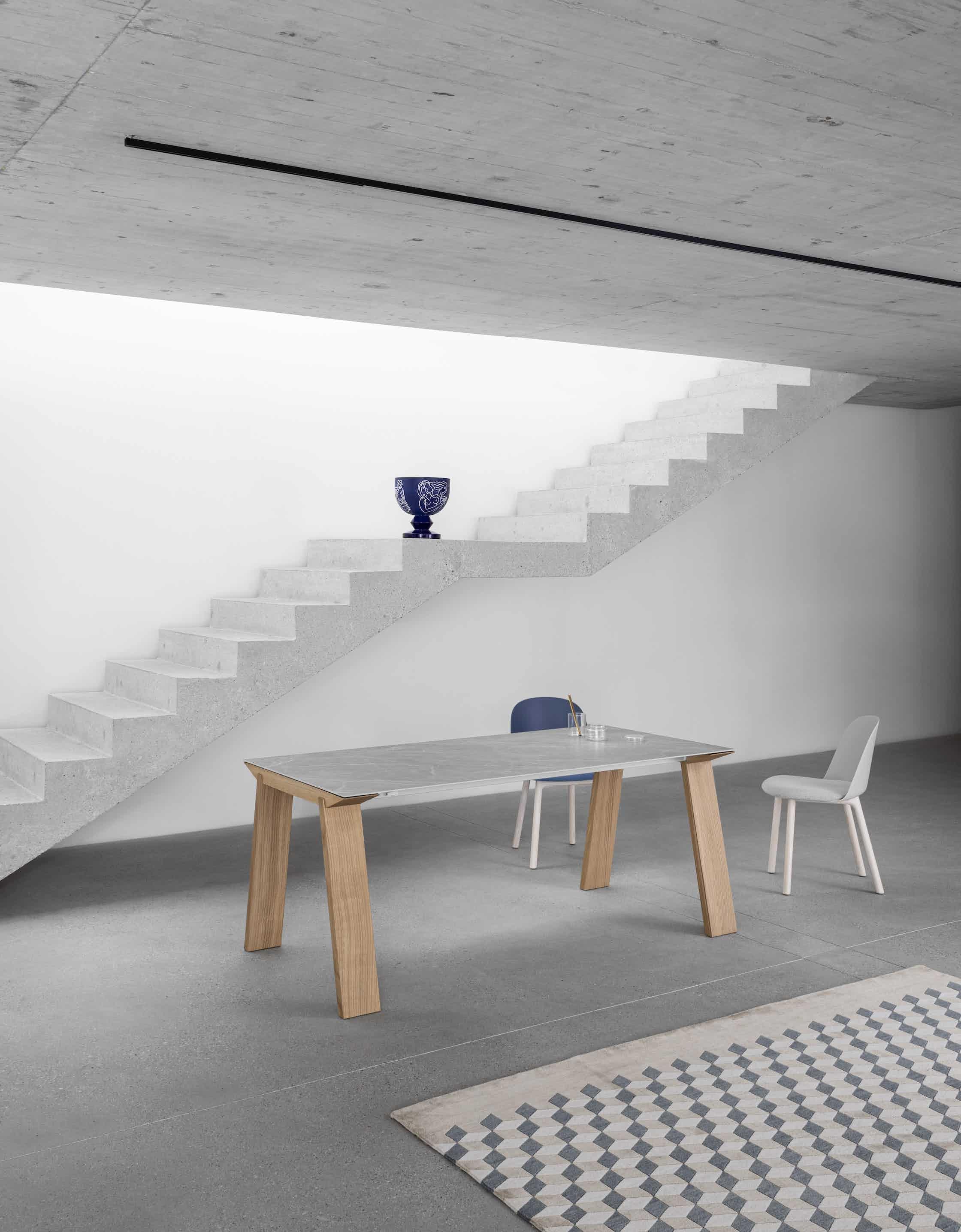Miniforms artu table insitu haute living