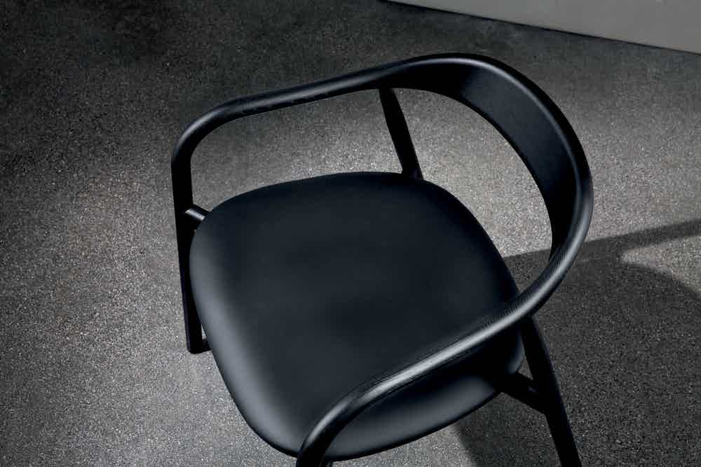 Sovet-black-autumn-chair-insitu-detail-haute-living