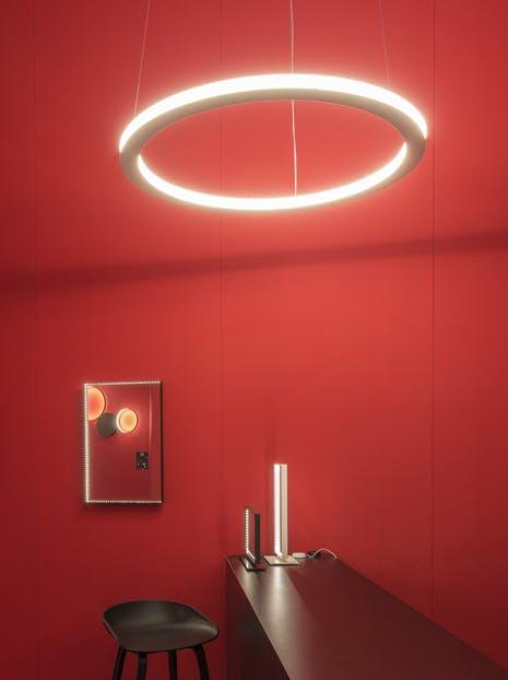Le-deun-luminaires-ava-90-hanging-lamp-red-wall-haute-living