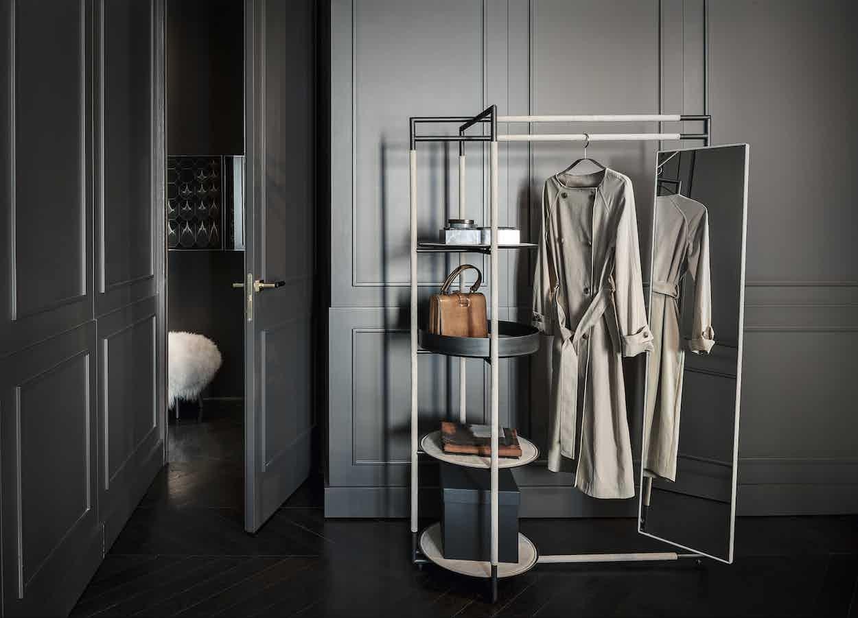 Frag-furniture-bak-valet-mirror-stand-institu-haute-living