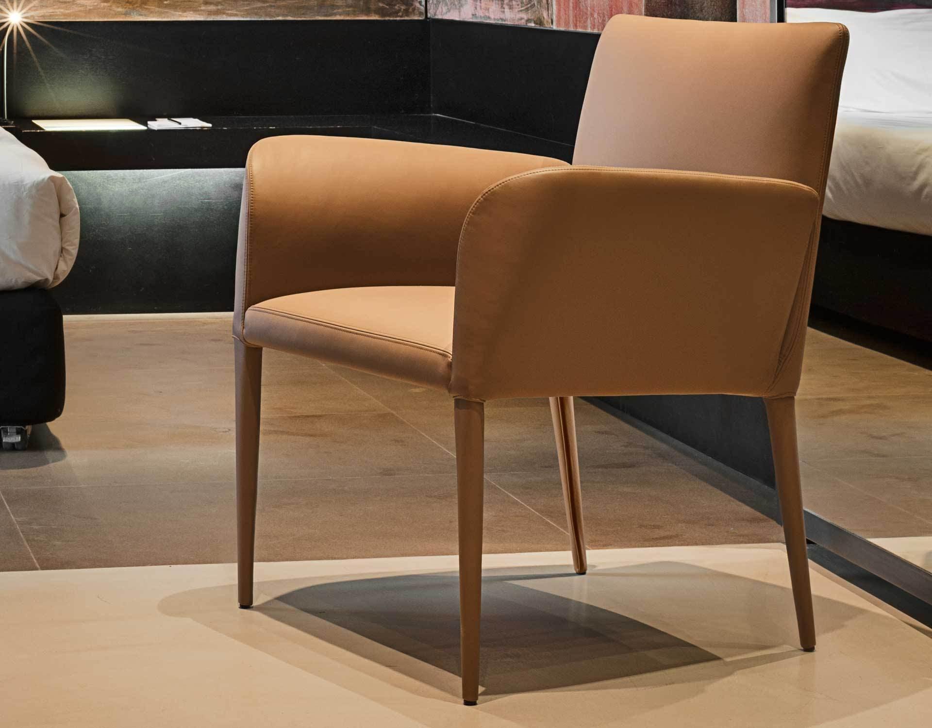 Bella Lounge Armchair