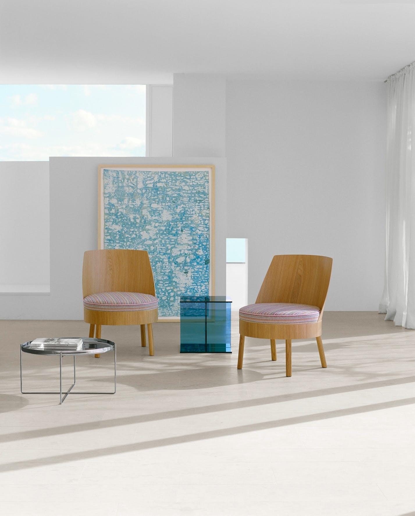 E15-furniture-front-bessy-chair-institu-haute-living