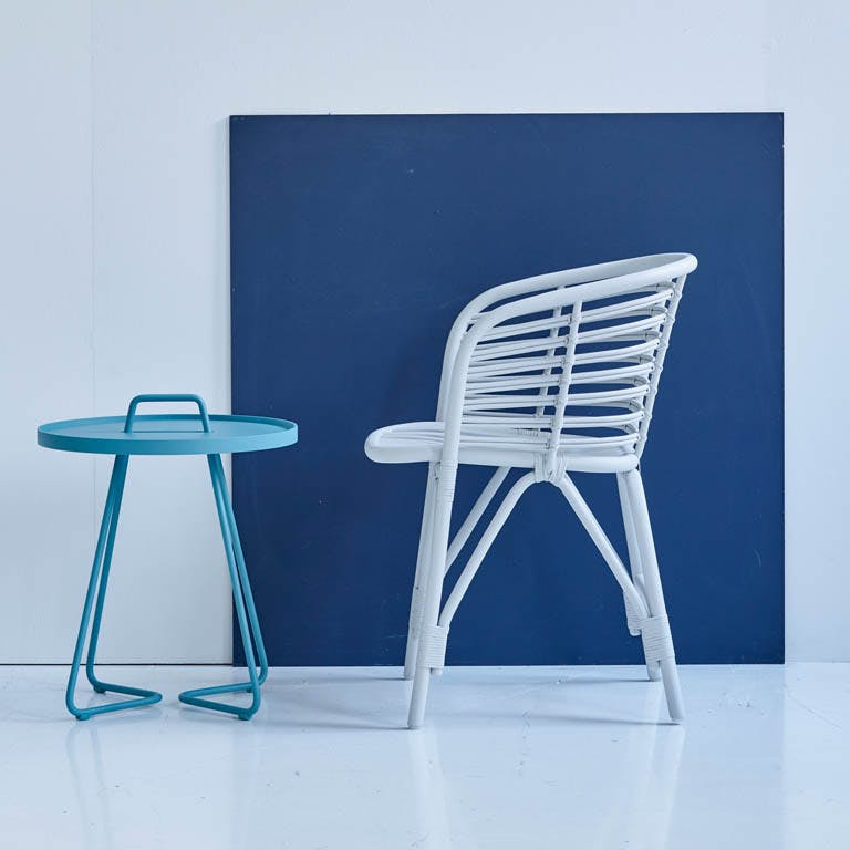 Blend Chair White On The Move Aqua 1