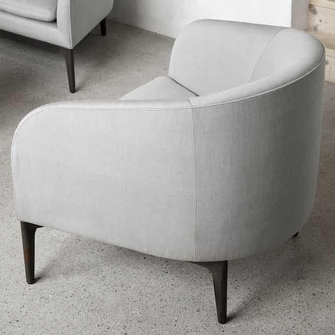 Wendelbo boomerang chair grey haute living