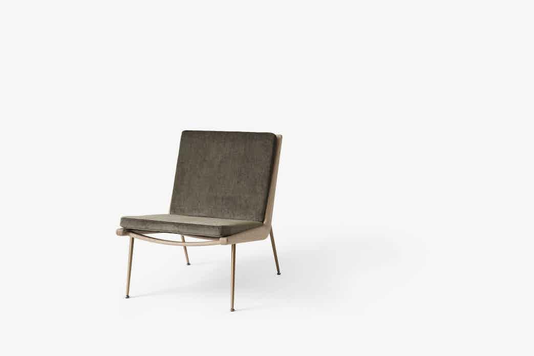 Andtradition boomerang lounge chair hm1 oak haute living