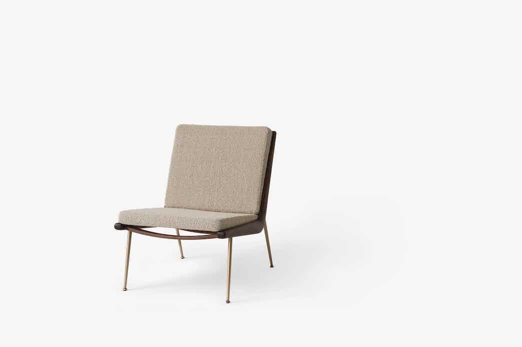 Andtradition boomerang lounge chair hm1 walnut karakorum haute living