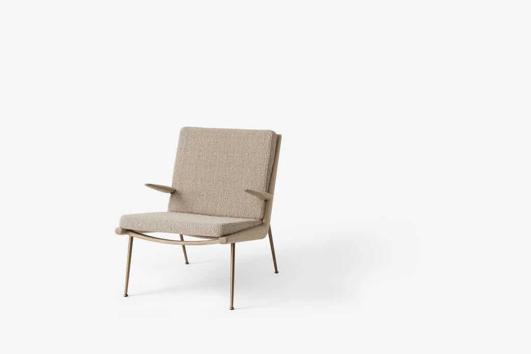 Andtradition boomerang lounge chair hm2 oak karakorum haute living