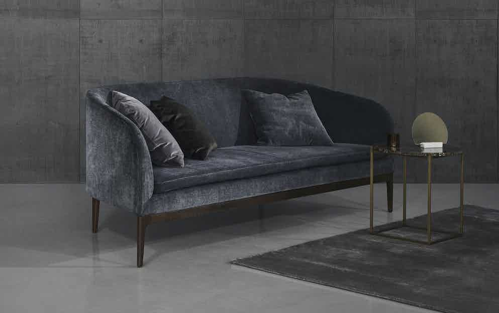 Boomerang sofa wendelbo neocon haute living