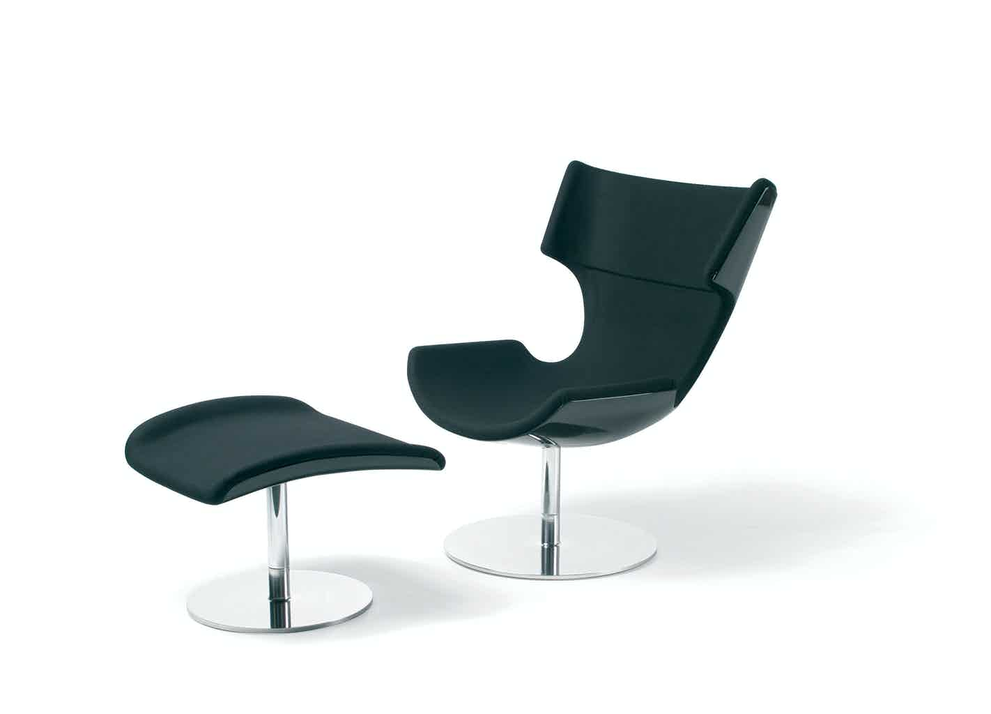 Artifort Black Boson Chair Angle