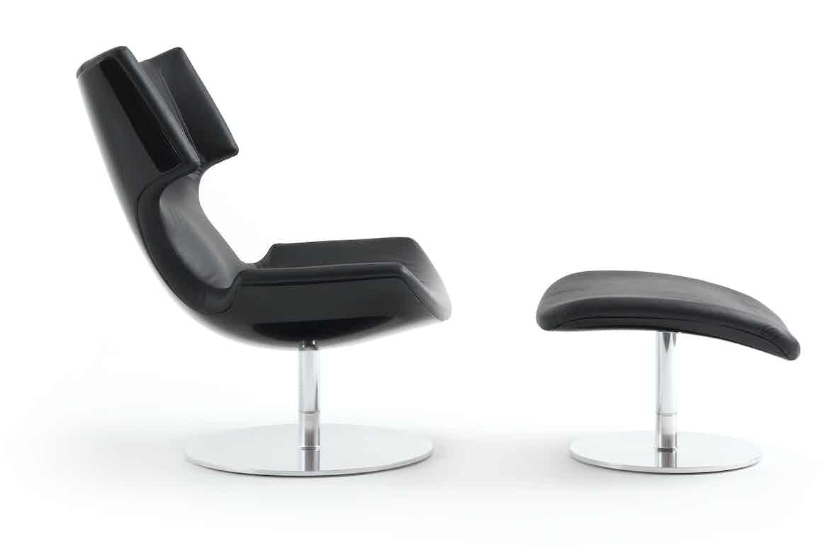 Artifort Black Boson Chair Side