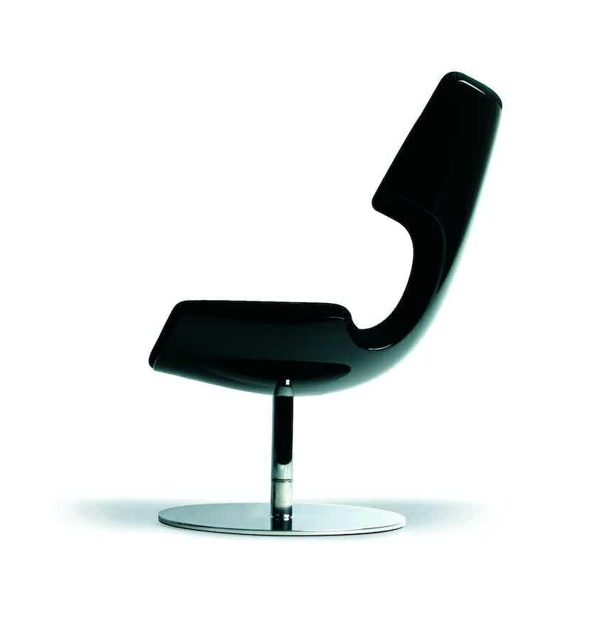 Artifort Black Boson Chair