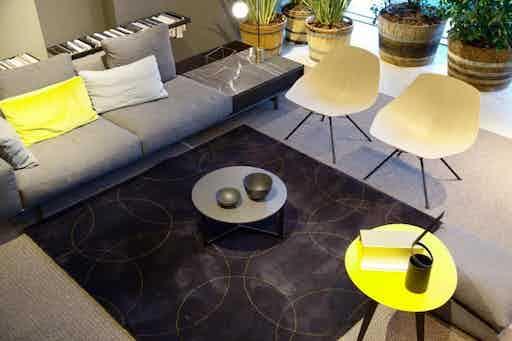 Carpet-sign-byzance-dark-rug-insitu-haute-living