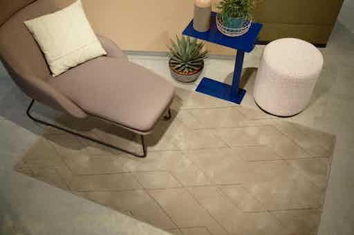 Carpet-sign-byzance-zig-zag-rug-insitu-haute-living