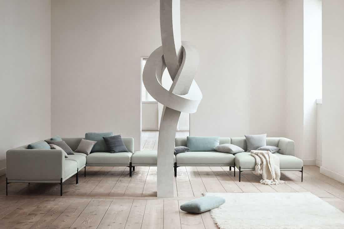 Bolia caisa sofa insitu haute living