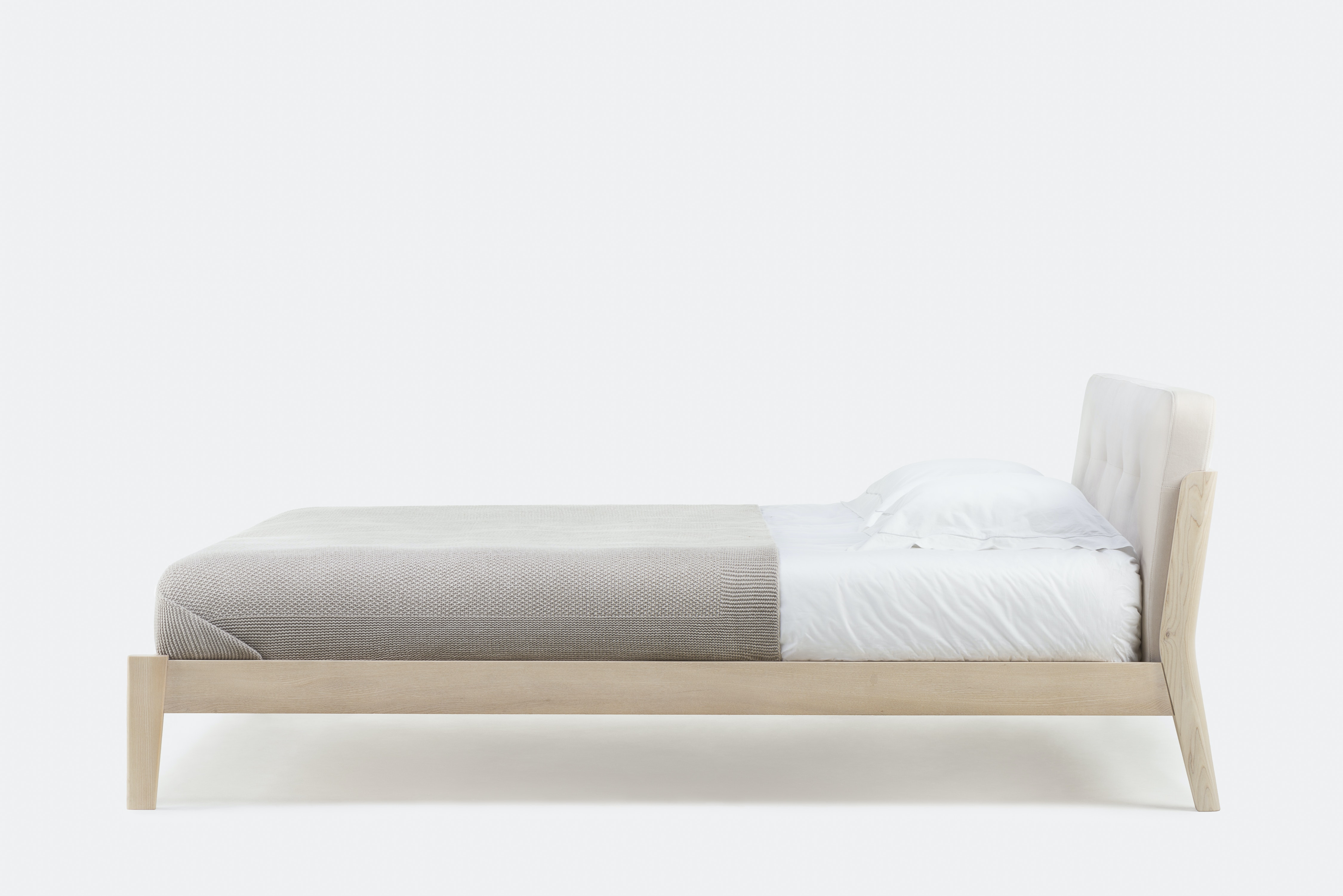 Capo Bed By Neri Hu Side