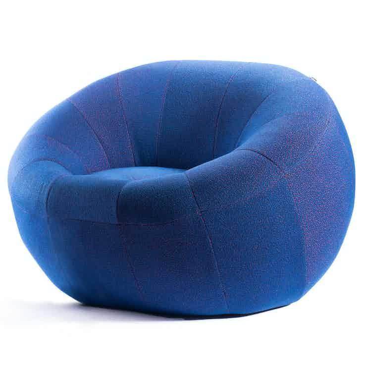 Deadgood-capsule-chair-haute-living_190221_212926_2_190227_164805