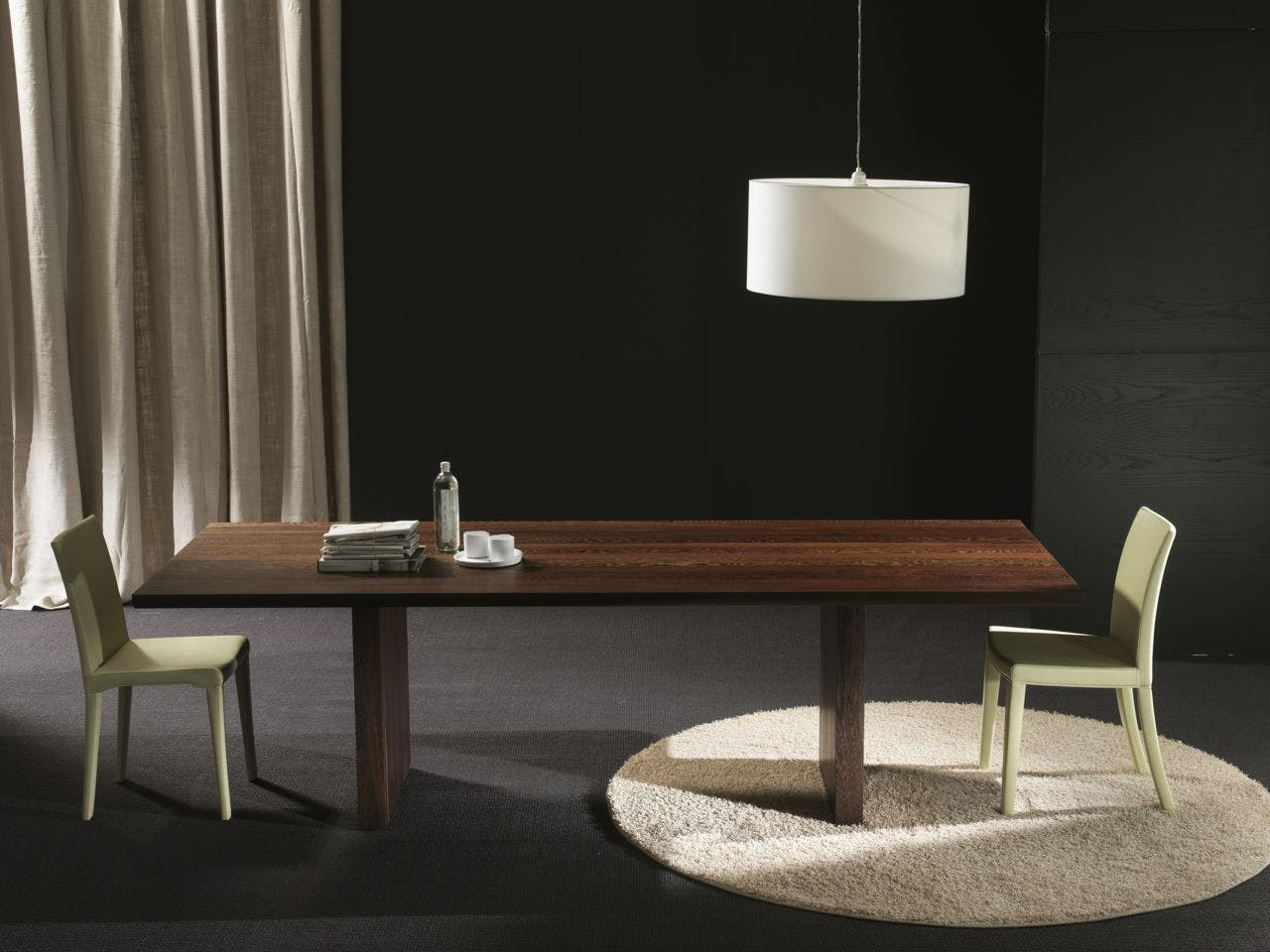 Celerina Table Ambient