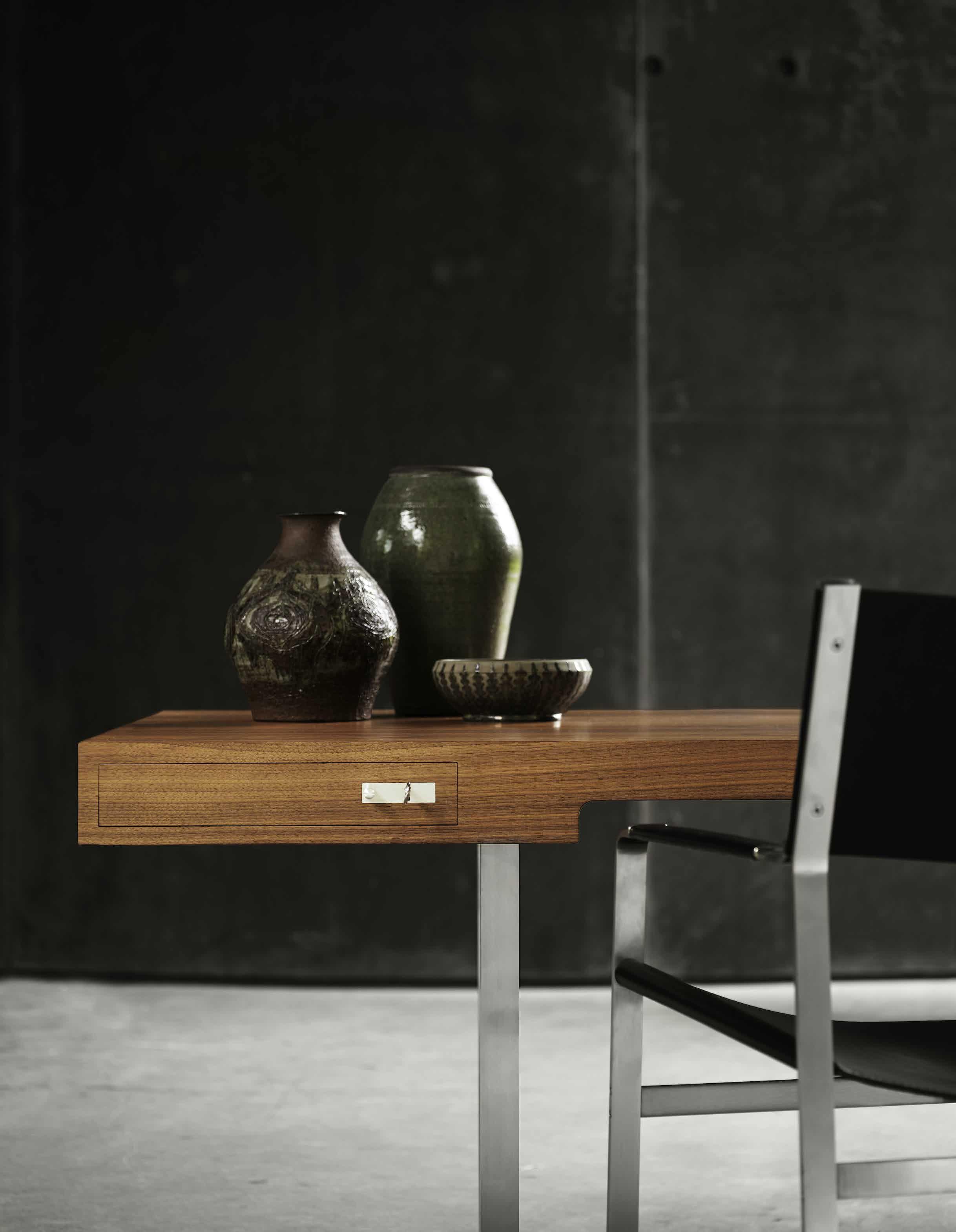 Carl-hansen-son-close-up-ch110-institu-haute-living