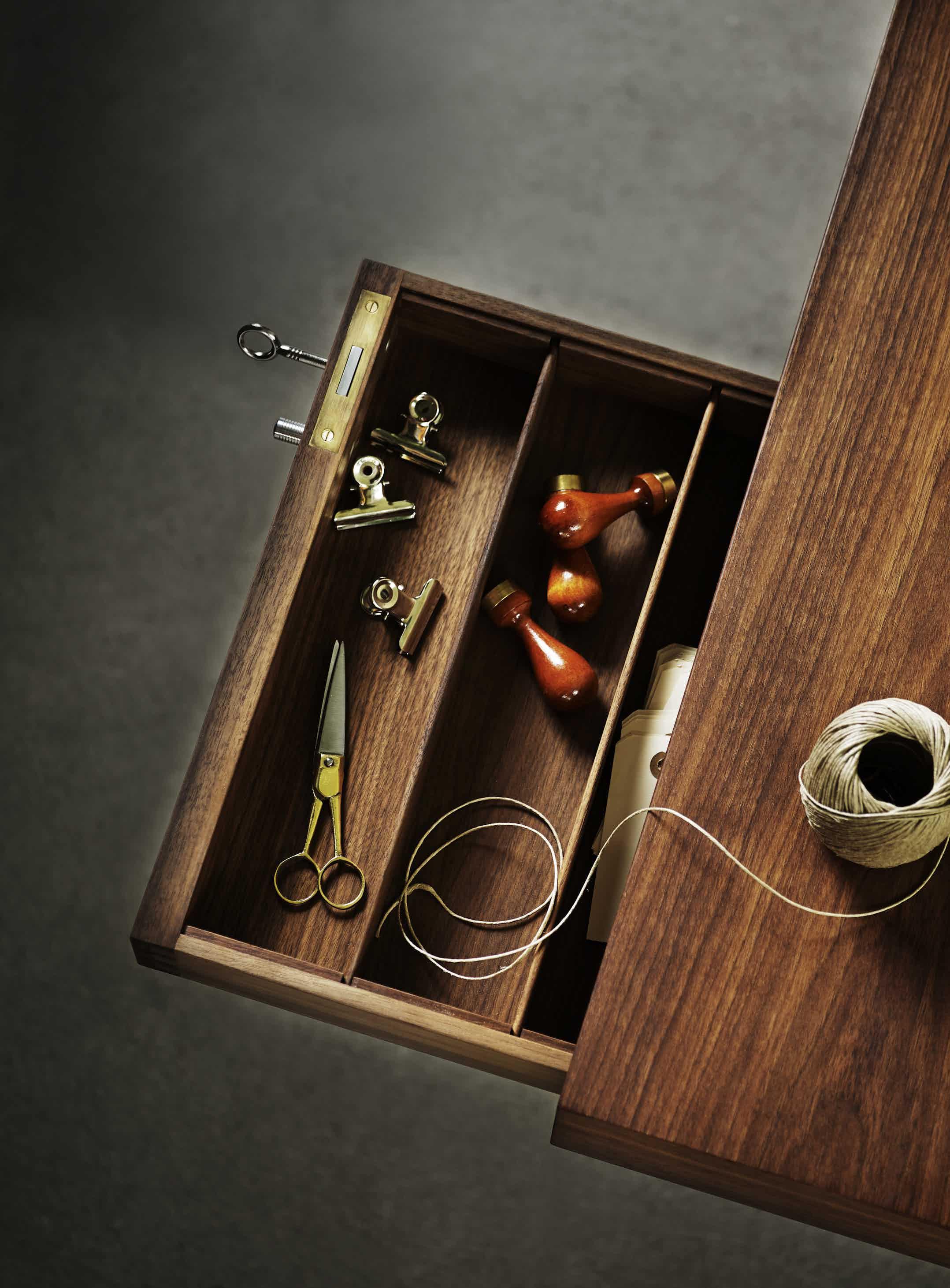 Carl-hansen-son-top-drawer-detail-ch110-institu-haute-living