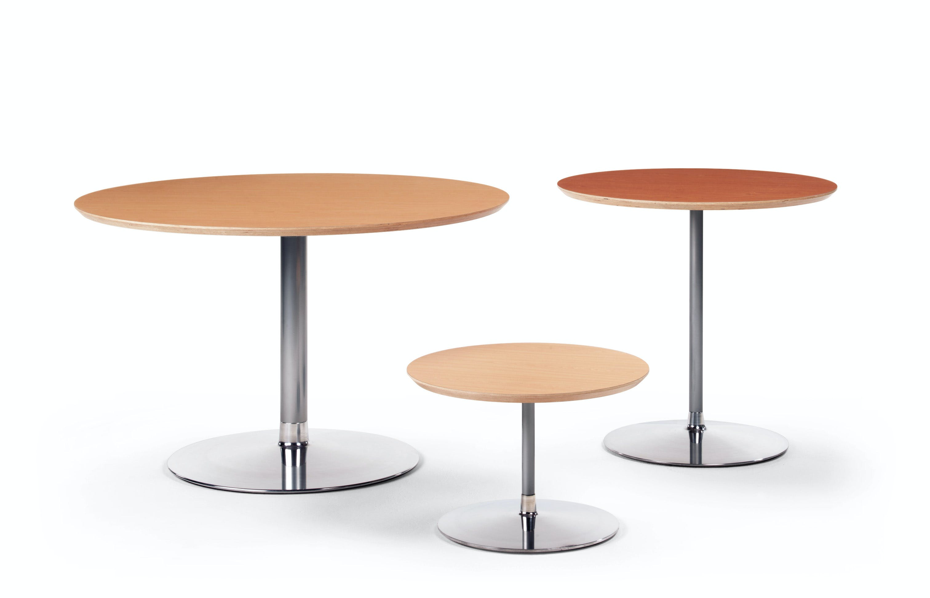 Artifort Circle Table Trio