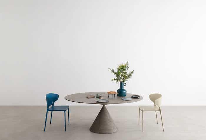 desalto clay table insitu haute living