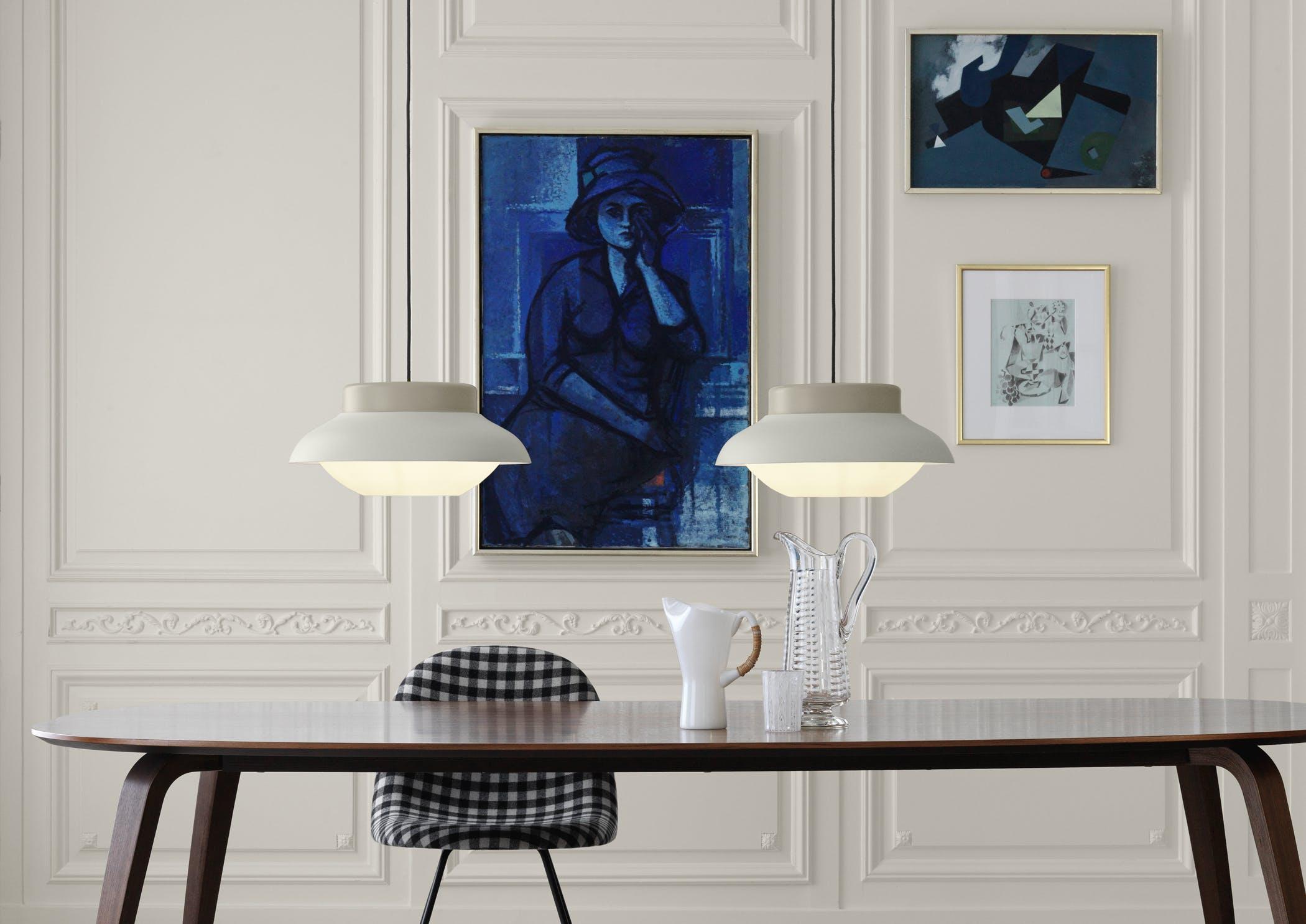 Collar Lamps Large Sand Gubi Dining Table Elliptical Walnut Gubi 12 F 13 F Chair Backhausen Toni N0354710