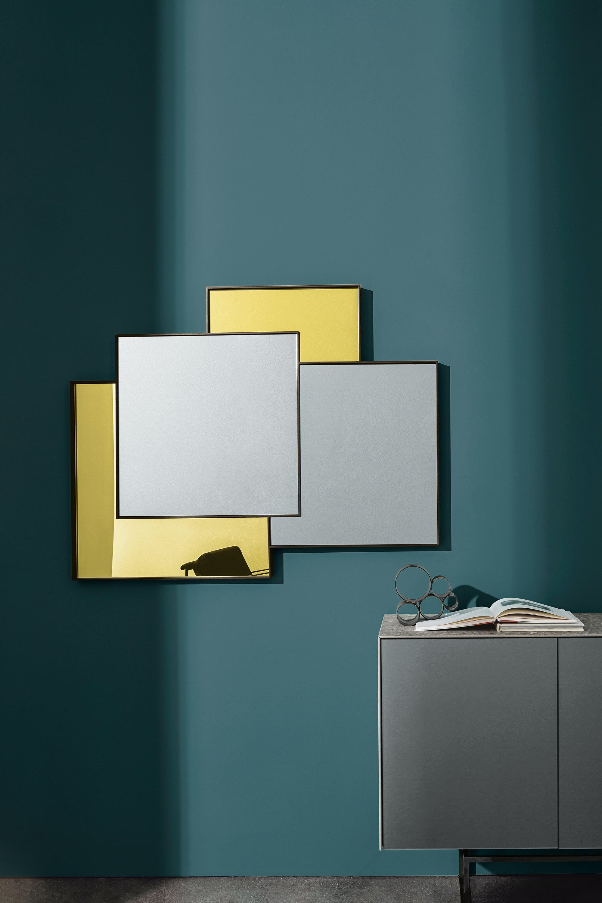 Sovet-combi-mirror-gold-haute-living