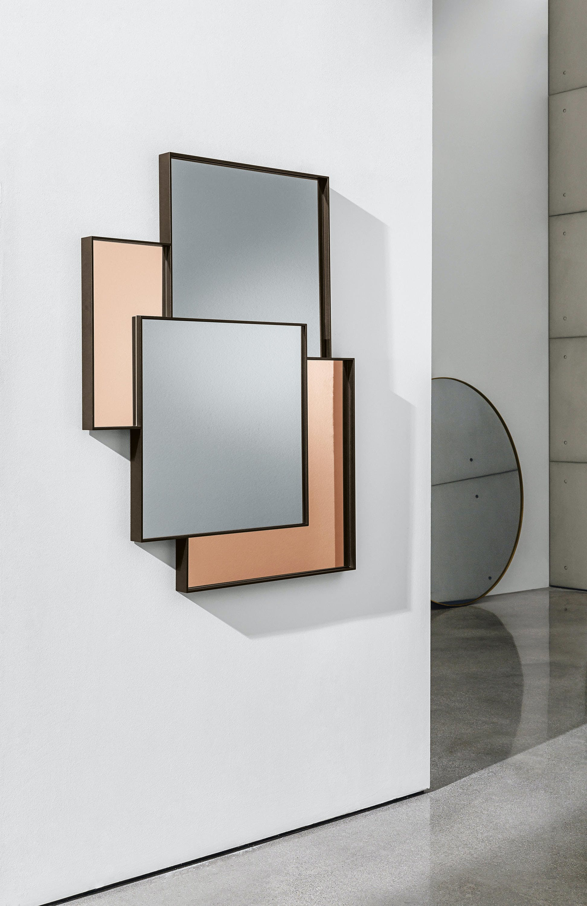 Sovet-combi-mirror-peach-haute-living