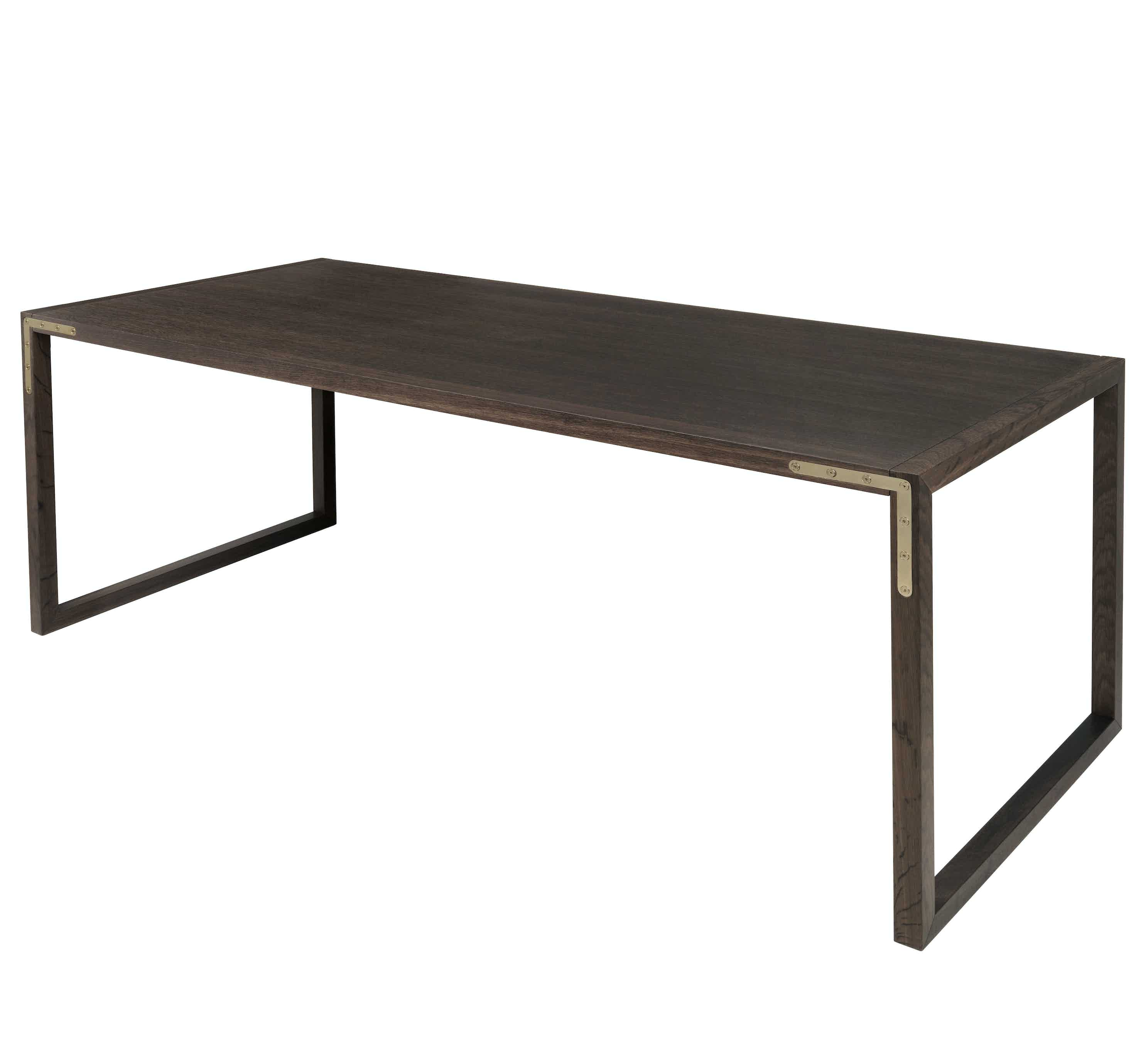 By lassen conekt table haute living