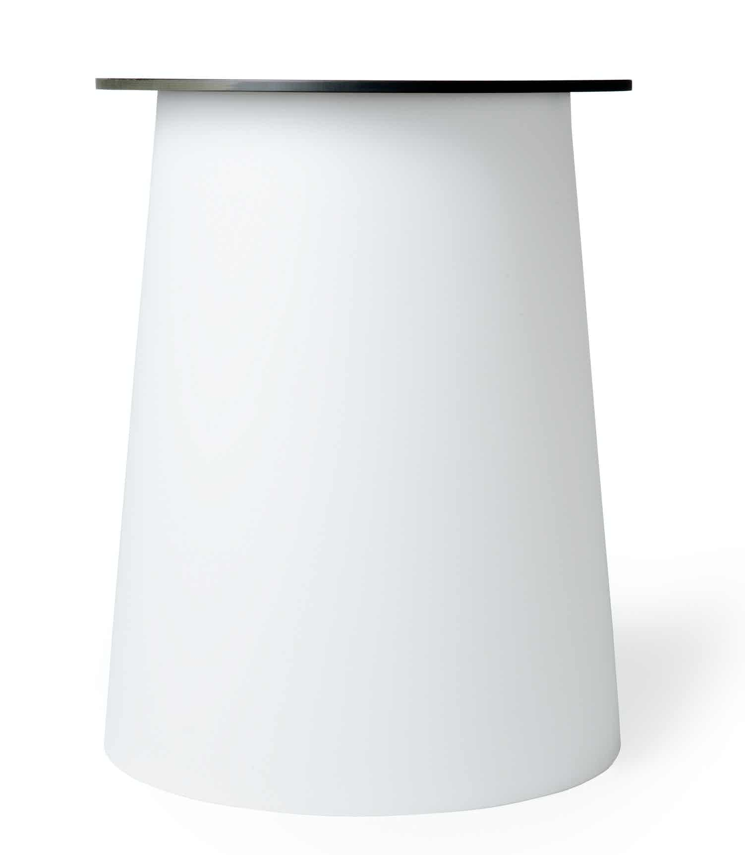 Moooi container table 7056 white haute living